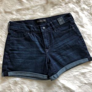 Abercrombie & Fitch Mid Rise Jean Shorts Size 24
